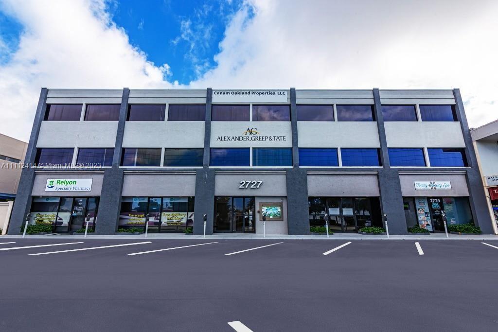 Photo of 2727 E Oakland Park Blvd #304 C, Fort Lauderdale, FL 33306 (MLS # A11112414)