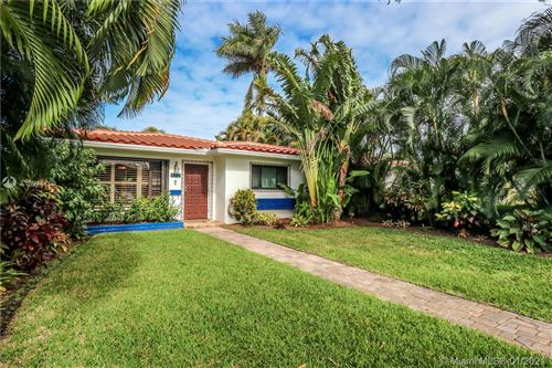 Photo of 1123 Lincoln St, Hollywood, FL 33019 (MLS # A10984415)