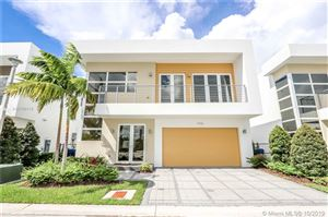 Photo of 9795 NW 75th Ter, Doral, FL 33178 (MLS # A10756416)