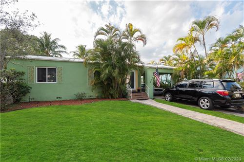 Photo of Listing MLS a10811416 in 1006 N 17th Ave Hollywood FL 33020