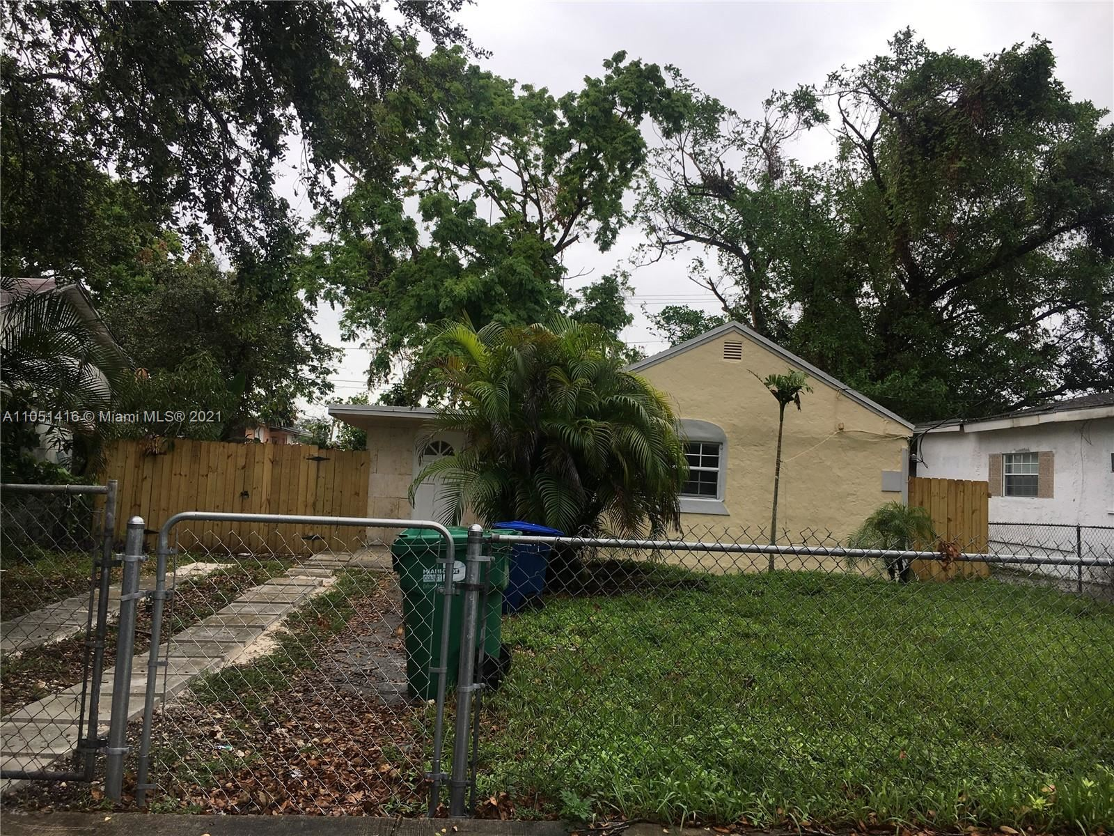 2240 NW 92nd St, Miami, FL 33147 - #: A11051416