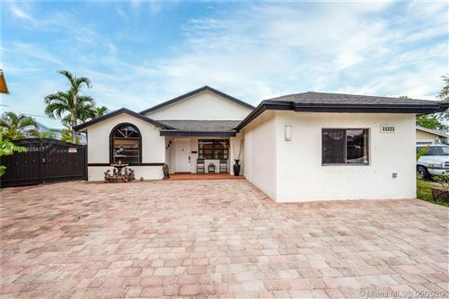 Photo of Listing MLS a10855417 in 15221 SW 58th Ter Miami FL 33193