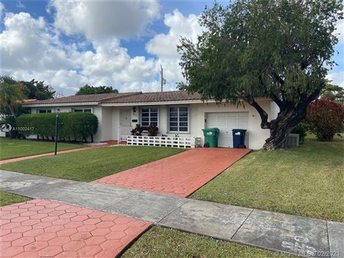 Photo of 1800 SW 92nd Ct, Miami, FL 33165 (MLS # A11002417)