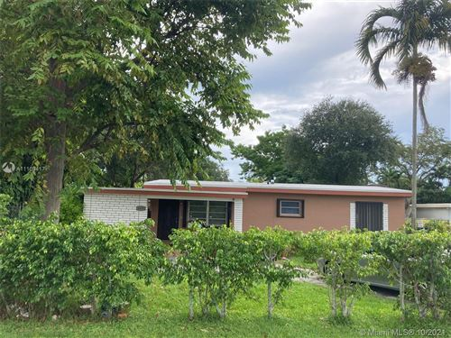 Photo of 6431 SW 64th Ct, South Miami, FL 33143 (MLS # A11108417)
