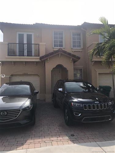 Foto de inmueble con direccion 12826 SW 134th St Miami FL 33186 con MLS A10820418