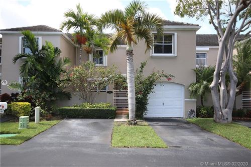 Photo of Listing MLS a10821418 in 5450 SW 69th Pl #5450 Miami FL 33155