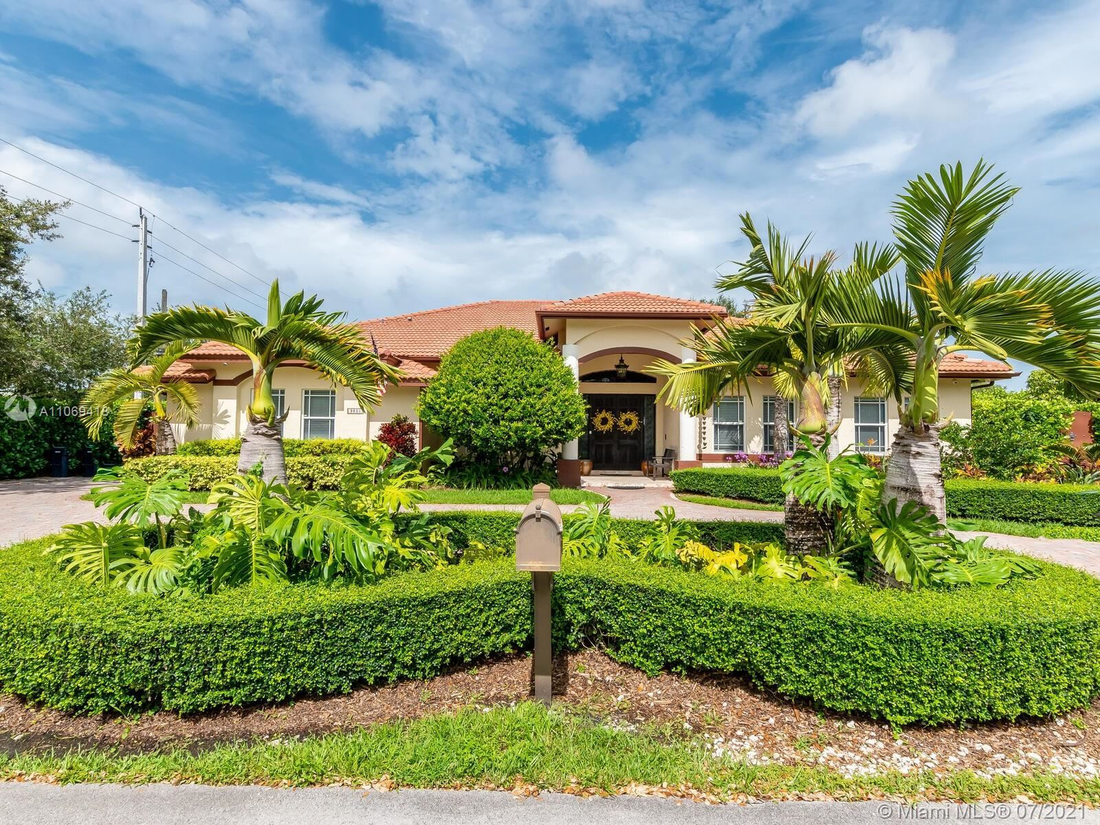 9801 SW 73rd Ave, Pinecrest, FL 33156 - #: A11069418