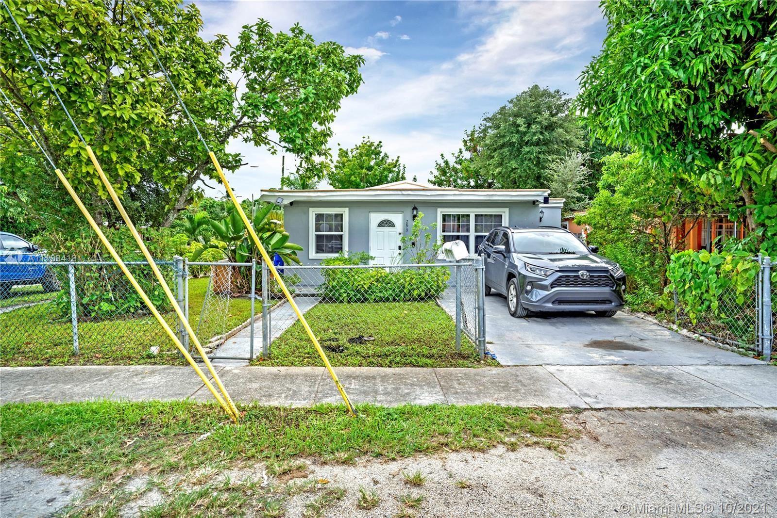 298 NE 174th St, North Miami Beach, FL 33162 - #: A11108418