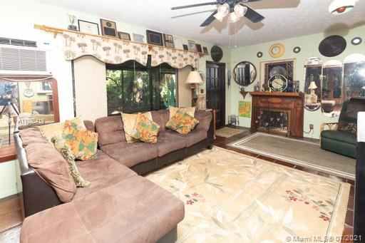 Photo of 1720 NE 9th Ave, Fort Lauderdale, FL 33305 (MLS # A11078419)
