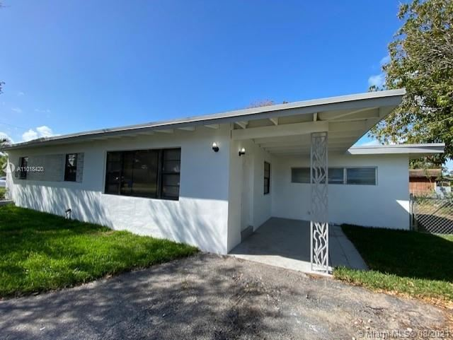 411 SW 22nd Ave, Fort Lauderdale, FL 33312 - #: A11018420