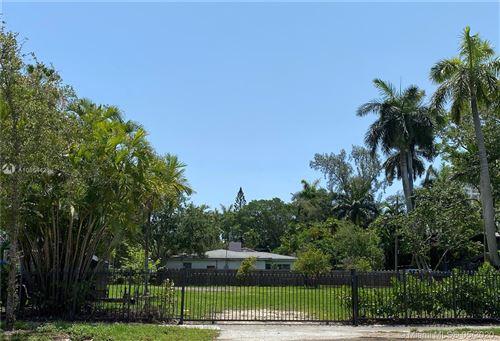 Photo of 1000 NE 82nd st, Miami, FL 33138 (MLS # A10864421)