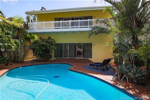 Photo of 3975 CRAWFORD AV, Coconut Grove, FL 33133 (MLS # A10862422)