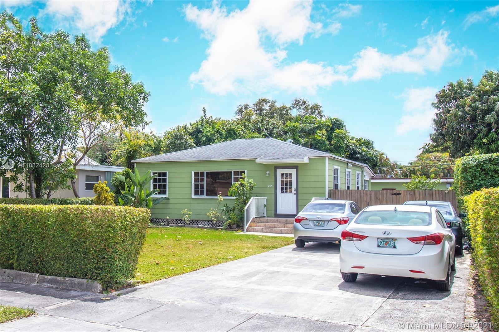 240 Carlisle Dr, Miami Springs, FL 33166 - #: A11032423
