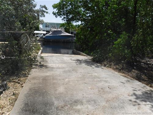 Photo of Listing MLS a10814424 in 1517 Shaw Drive Key Largo FL 33037