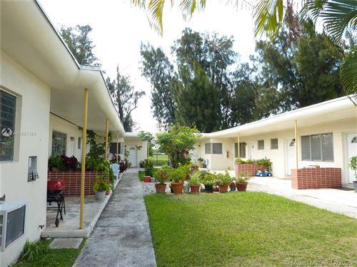 Foto de inmueble con direccion 275 S Shore Dr Miami Beach FL 33141 con MLS A10857424
