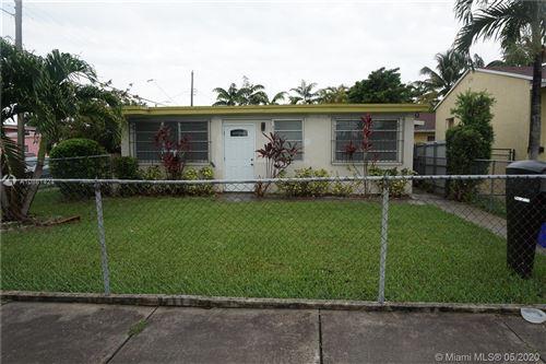 Photo of 2700 SW 33 ct #B, Miami, FL 33133 (MLS # A10861424)