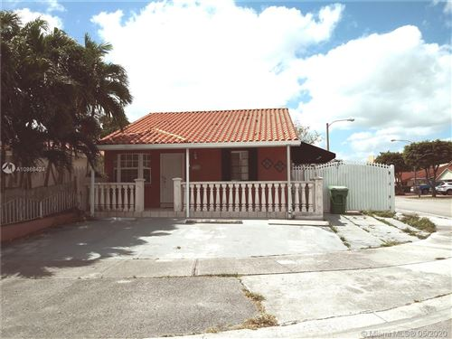 Photo of 11682 NW 91st Ave, Hialeah Gardens, FL 33018 (MLS # A10866424)
