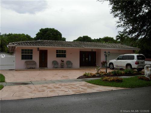 Photo of 14121 Lake Saranac Ave, Miami Lakes, FL 33014 (MLS # A10897424)