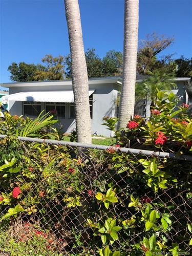 Photo of 824 NW 17th Ave, Fort Lauderdale, FL 33311 (MLS # A10783425)