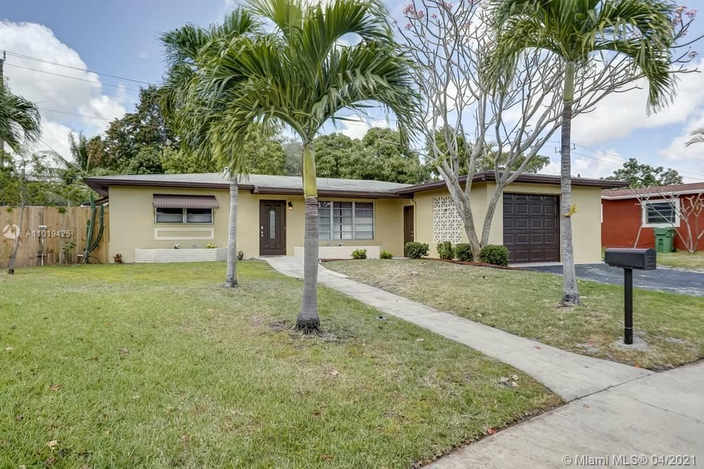 730 SW 69th Terrace, Pembroke Pines, FL 33023 - #: A11019425