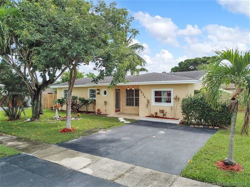 Photo of Listing MLS a10754427 in 6426 NW 20th St Margate FL 33063