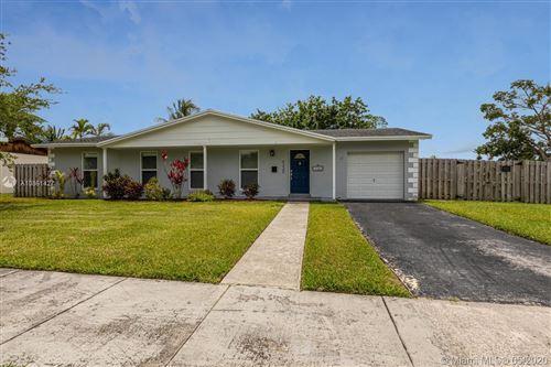 Photo of 9220 Sterling Dr, Cutler Bay, FL 33157 (MLS # A10861427)