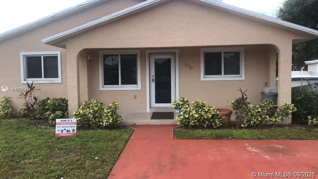 2010 NW 86th St, Miami, FL 33147 - #: A11020427