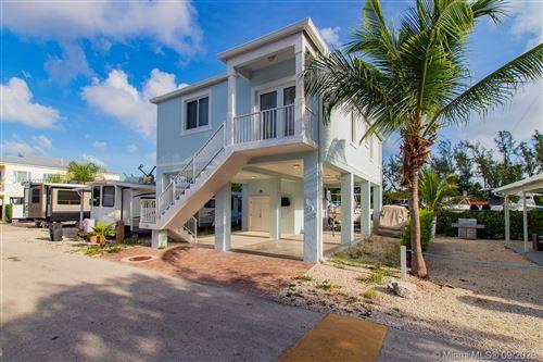 Photo of 325 Calusa, Key Largo, FL 33037 (MLS # A10920428)