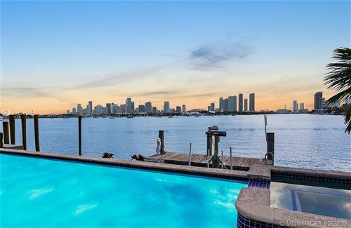 Foto de inmueble con direccion 70 W San Marino Dr Miami Beach FL 33139 con MLS A10443429