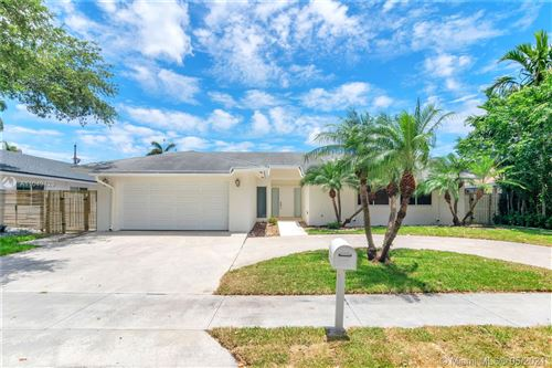 Photo of 3721 Simms St, Hollywood, FL 33021 (MLS # A11049429)