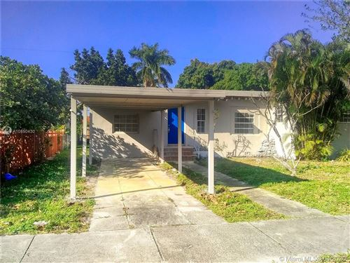 Photo of Listing MLS a10850430 in 1045 NW 117th St Miami FL 33168