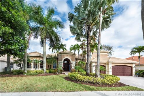 Photo of 2494 Princeton Ct, Weston, FL 33327 (MLS # A11002430)
