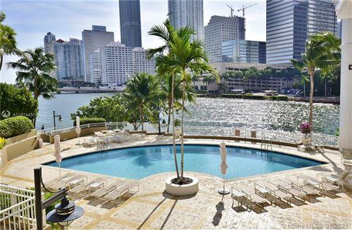 Photo of 801 Brickell Key Blvd #1810, Miami, FL 33131 (MLS # A11074430)