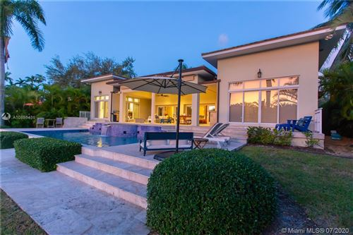 Photo of Listing MLS a10886431 in 4920 Biltmore Dr Coral Gables FL 33146