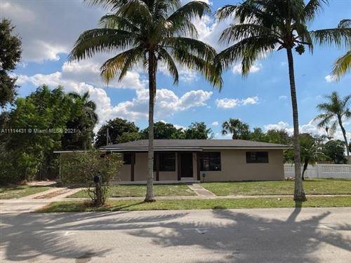 Photo of 5130 SW 6th Ct, Plantation, FL 33317 (MLS # A11114431)