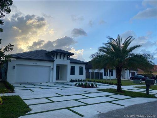 Photo of 17320 SW 92nd CT, Palmetto Bay, FL 33157 (MLS # A10744432)