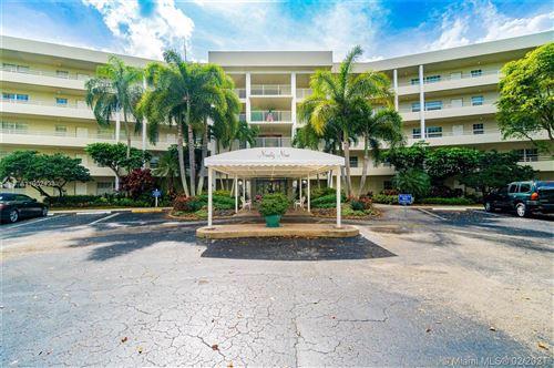 Photo of 821 Cypress Blvd #507, Pompano Beach, FL 33069 (MLS # A11002433)