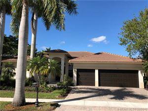 Photo of 971 Windward Way, Weston, FL 33327 (MLS # A10405434)