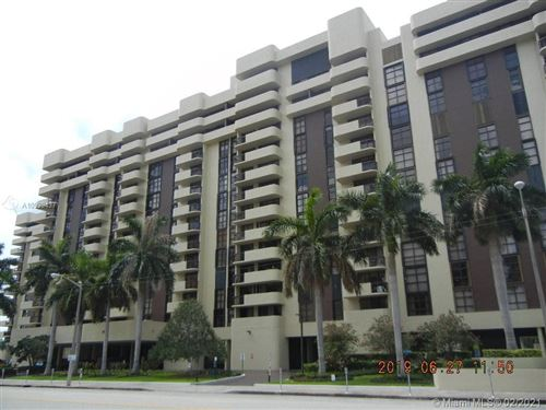Photo of 600 Biltmore Way #204, Coral Gables, FL 33134 (MLS # A10999437)