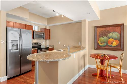 Photo of Listing MLS a10811438 in 7285 SW 90th St #D312 Miami FL 33156