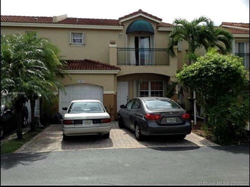 Photo of Listing MLS a10821438 in 15852 SW 68th Ter #15852 Miami FL 33193