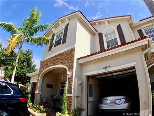 Photo of Listing MLS a10824438 in 22373 SW 88th Path #22373 Cutler Bay FL 33190