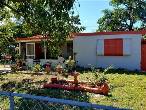 Photo of 4500 SW 38th St, West Park, FL 33023 (MLS # A10826438)