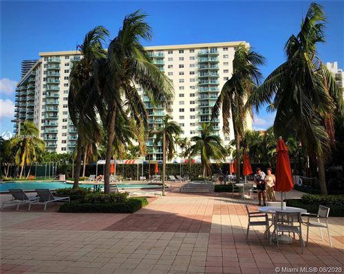 Foto de inmueble con direccion 19380 Collins Ave #526 Sunny Isles Beach FL 33160 con MLS A10833438