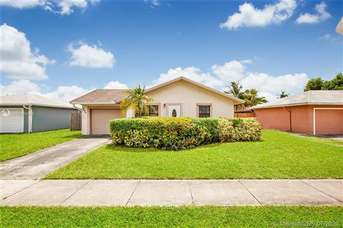 Photo of 2824 NW 109th Ave, Sunrise, FL 33322 (MLS # A10885438)