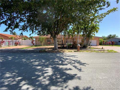 Photo of 2841 SW 100th Ave, Miami, FL 33165 (MLS # A10816439)