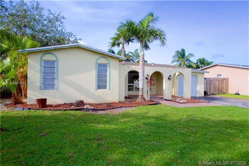 Photo of Listing MLS a10892440 in 10336 NW 3rd St Plantation FL 33324