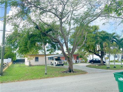 Photo of 430 SW 78th Ave, Miami, FL 33144 (MLS # A10973441)