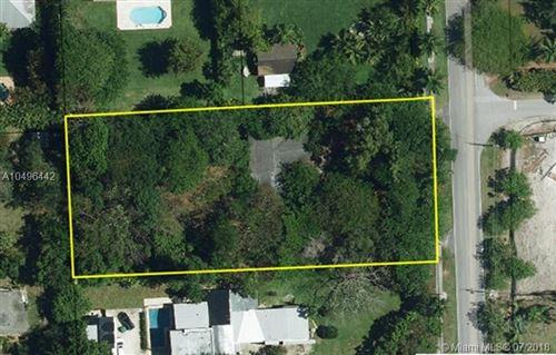 Foto de inmueble con direccion 11600 SW 77th Ave Pinecrest FL 33156 con MLS A10496442