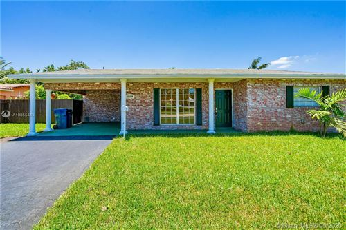 Photo of Listing MLS a10855443 in 2609 NW 9th Ter Wilton Manors FL 33311